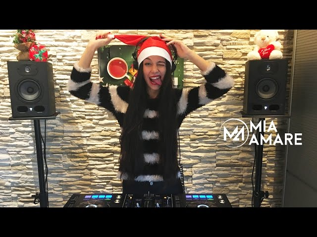 Смотреть видео Mia Amare Happy House Sessions 006 Christmas Mix 2016 female DJ Best of House Music New Remixes