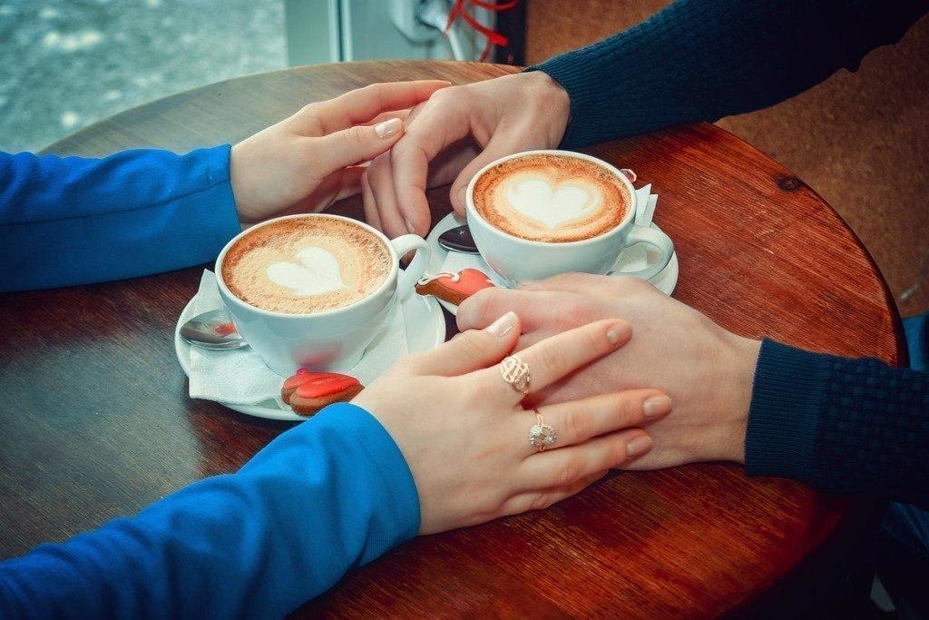 Любовь и кофе картинка
