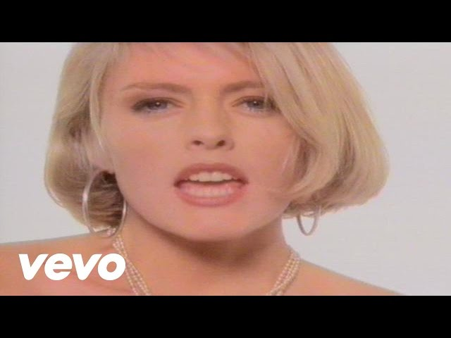 Смотреть видео Eighth Wonder - I′m Not Scared