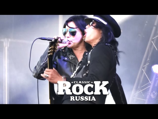 "Смотреть видео L.A. GUNS "" Sweden Rock Festival 2016"" Documentary (CLASSIC ROCK Russia)"